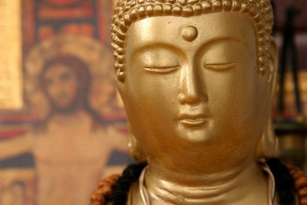Buddha og jesus  Istock  2007  c  Ralph Modica