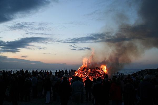 1024px Sankt Hans Hornbaek strand 2012 4