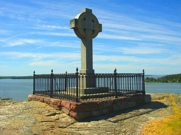 krist  historie  Ansgar monument  Bjorko  587746980   wiki