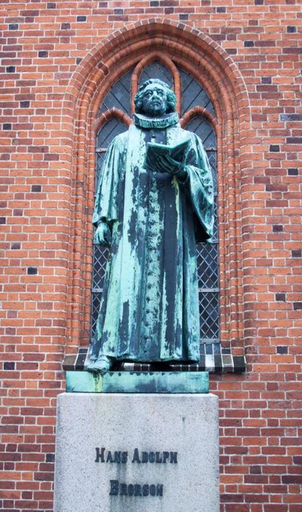 Kirkens historie  1600 til i dag  Aktivitet om pietisme  Statue of Hans Adolph Brorson in Ribe  wiki
