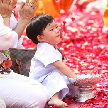 Barndomsritualer i buddhismen