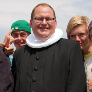 Folkekirkepræsten