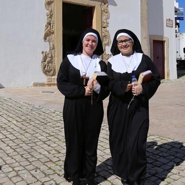 Munke og nonner